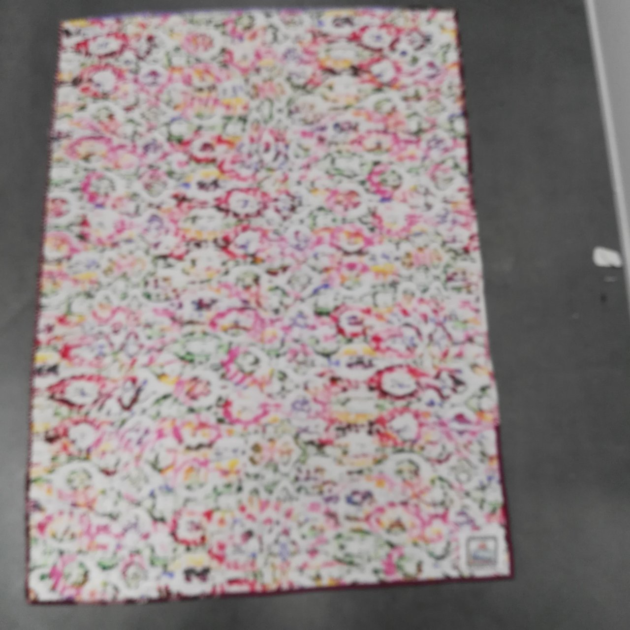"""BEAUTIFUL """"BAY QUILTERS"""" HANDMADE QUILT Double Sided Size 92cm x 124cm"""