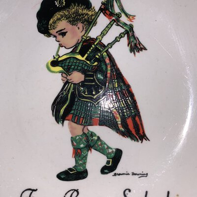Brownie downing, Frae bonnie Scotland, ceramics