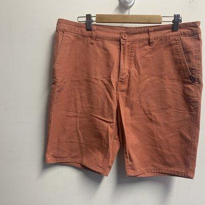 Quiksilver Men's Shorts Size 34 Peach