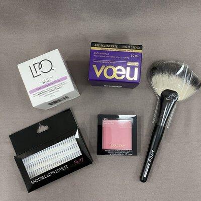 Ladies Facial Care & Makeup Bundle