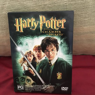 Harry Potter And The Chamber of Secrets - 2 DVD Disc Set
