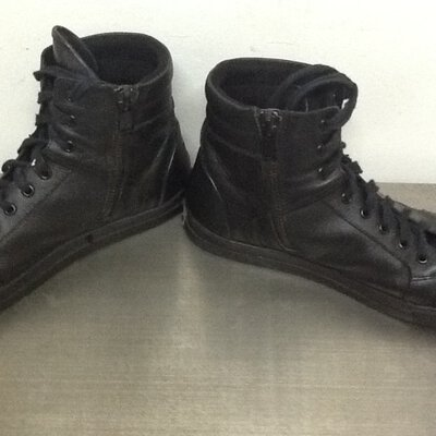 Kenneth Cole Mens black zip side boot size 12