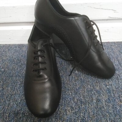 Mens Tipoule Dancing Shoes Black Leather Size 44 As NEW