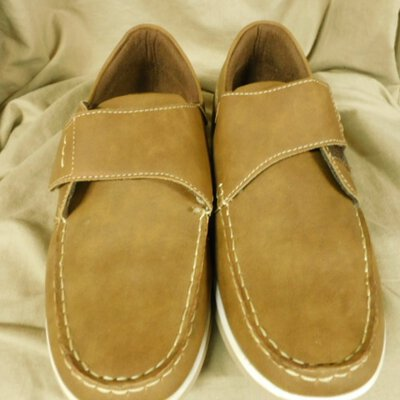 Olympus Mens Brown Moccasin Style Shoes Size 9