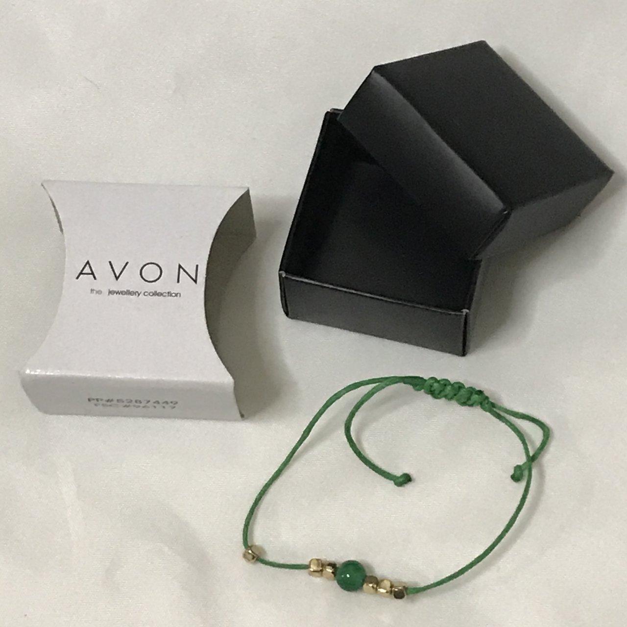 AVON Semi Precious Stone Cord Bracelet Green - Gift Boxed - NIB PP#5287449