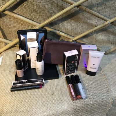 Mary Kay Cosmetic Pack